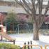 こじんまり綺麗な【泉橋公園】ベンチで休憩すると落ち着き度MAX。